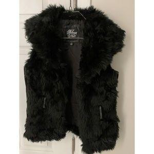 Blanc Noir Black fur vest